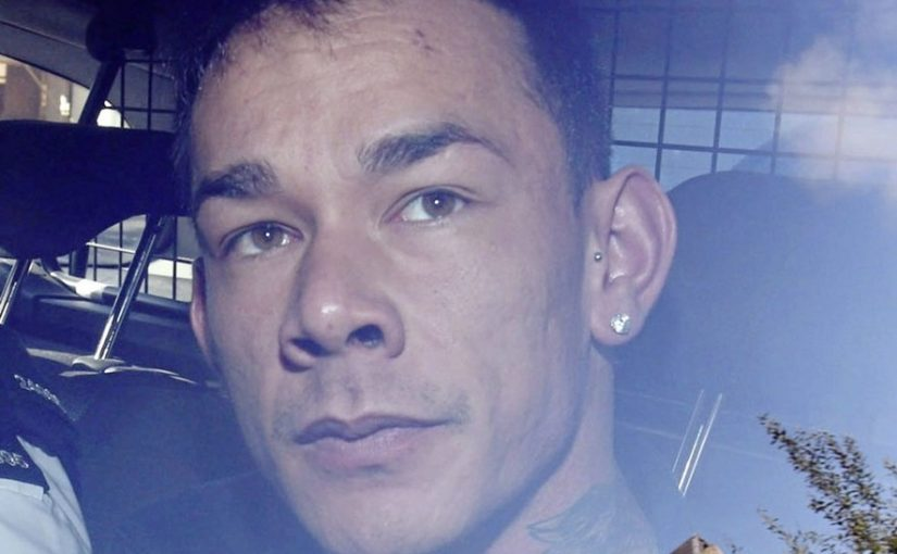 Un fugitivo irlandés muere en Benidorm después de haber desnudado a un hombre, golpeado y cortado su cuerpo en un contenedor con ruedas.
