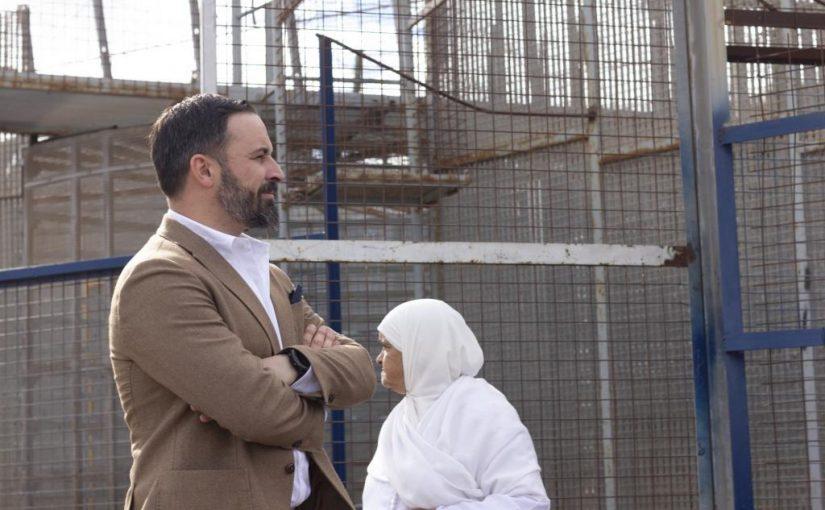 El líder de Vox pide un muro fronterizo como el de Trump para impedir que los inmigrantes lleguen a España