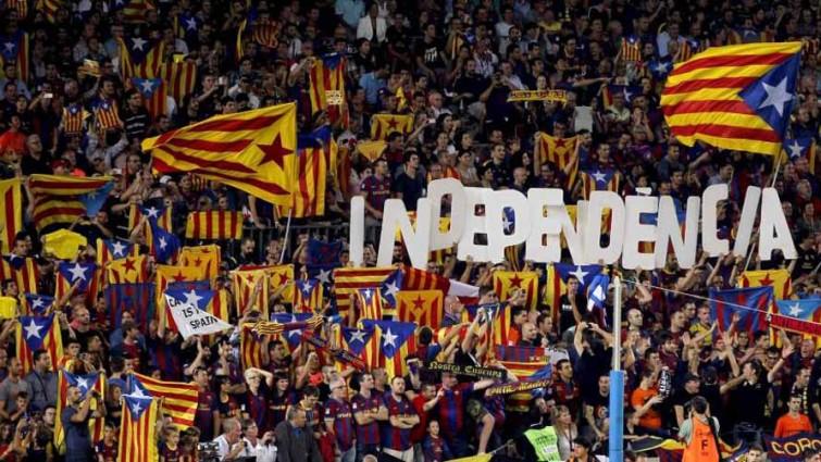 Independencia de Cataluña: Miles de personas marchan en apoyo de los líderes separatistas en juicio por rebelión